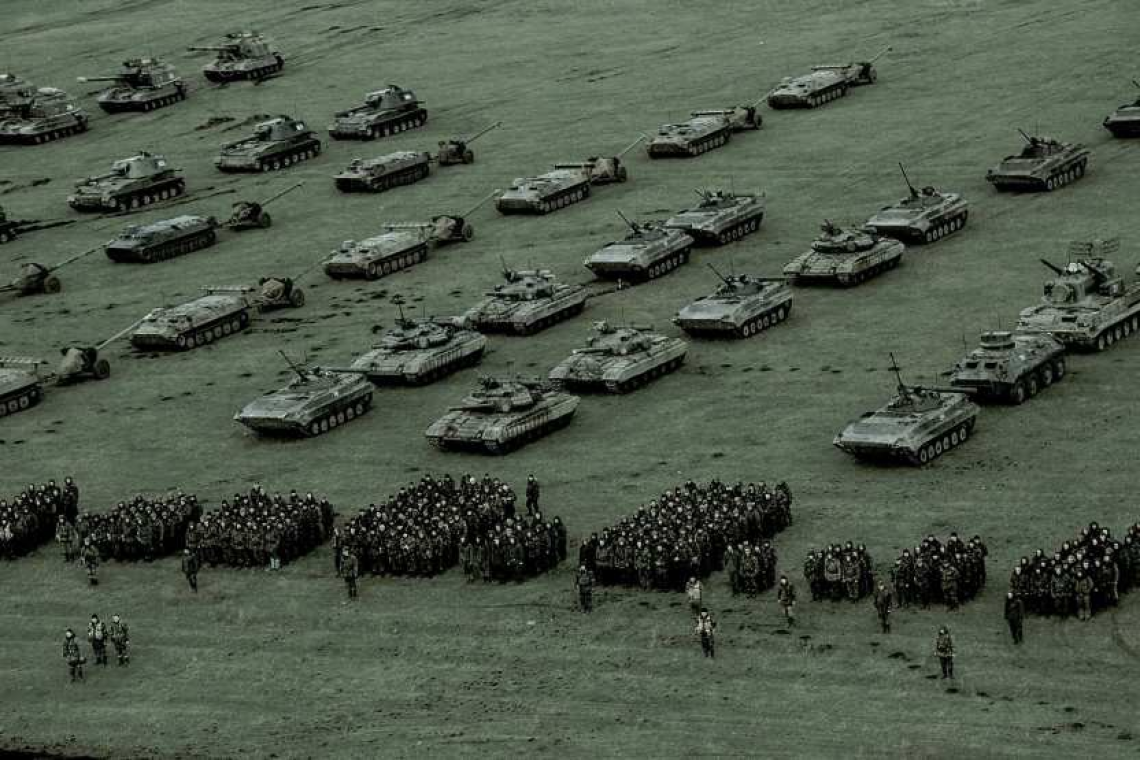 UkraineMassingTroops-Armor_large